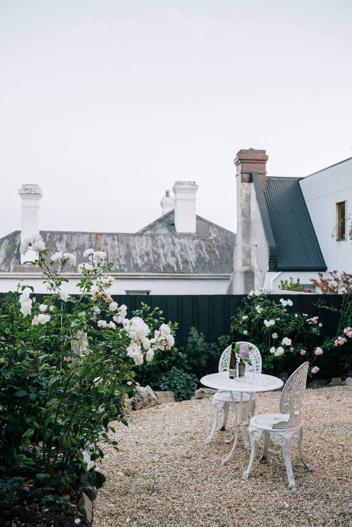 patio-captains-cottage-tasmania-nordroom