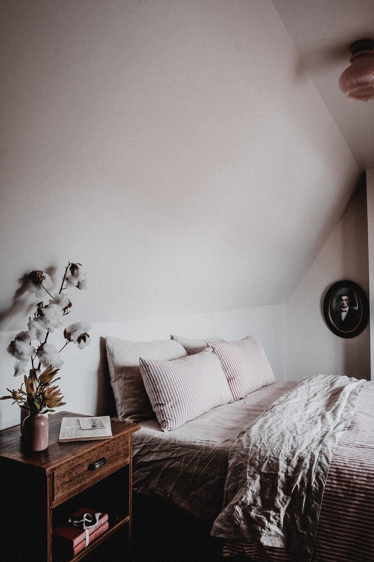 captains-cottage-vintage-airbnb-cottage-hobart-tasmania