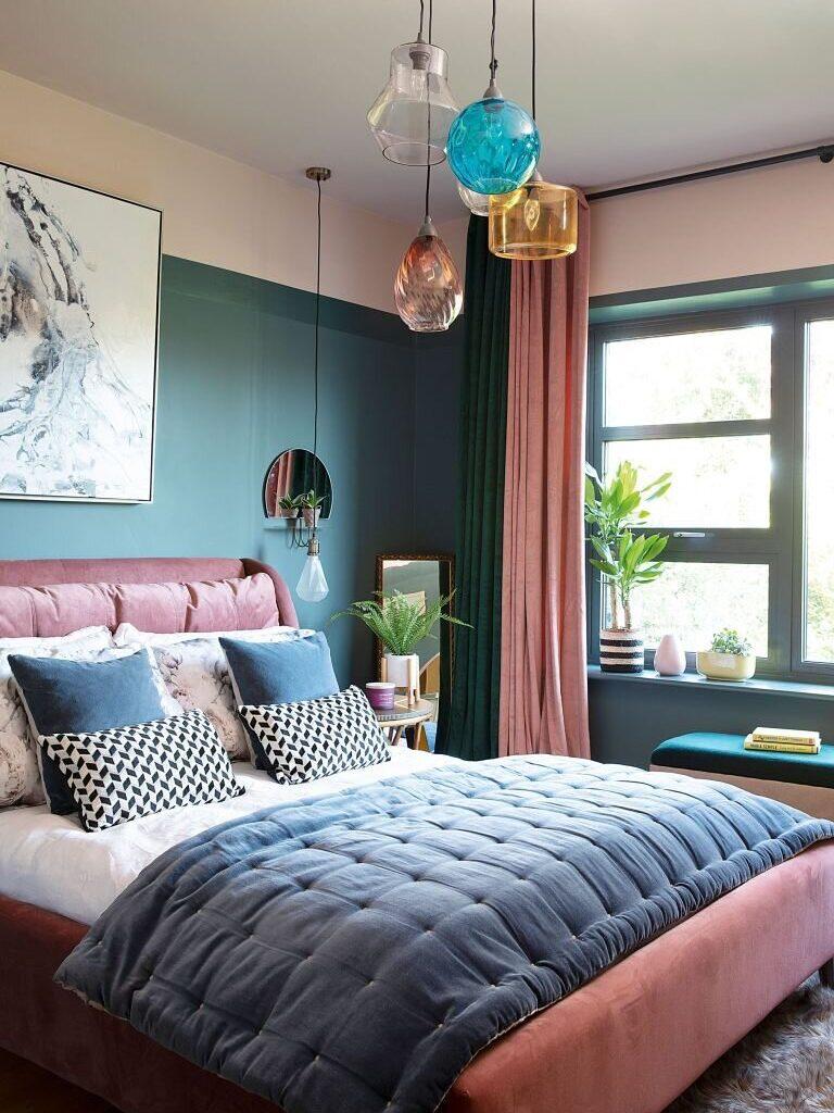 green-bedroom-pink-bedframe-nordroom